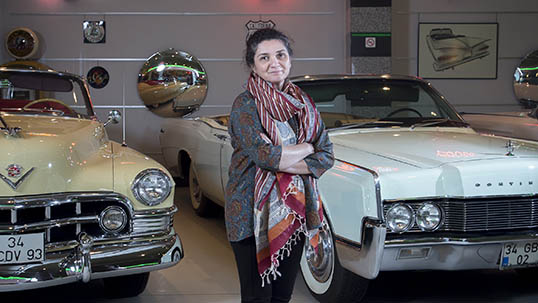 Ayşe Ataman at the museum's American Cars section